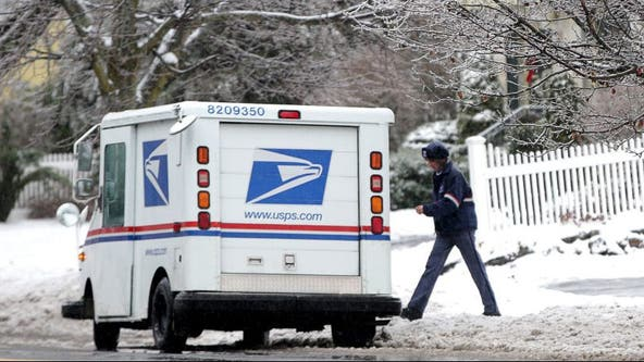 USPS outlines how to ship packages for holidays while avoiding post office