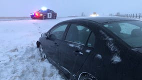 Over 200 crashes, 1 death on Minnesota roads amid winter weather