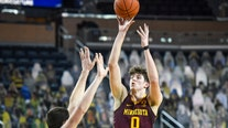 Gophers basketball crushes undefeated #7 Michigan, 75-57