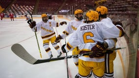 Gophers get 3 players back from World Juniors, take 10-0 record to Wisconsin
