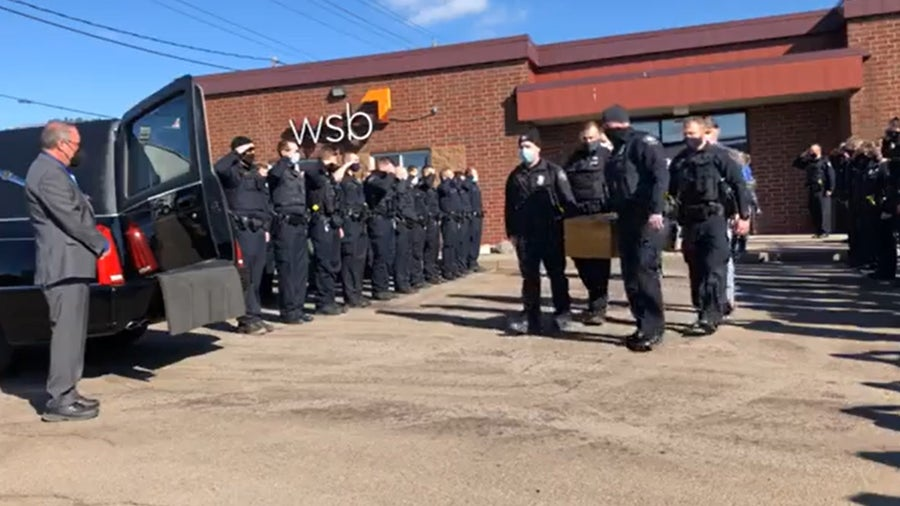 Duluth police honor K-9 killed during standoff with procession