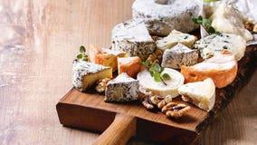 Costco facing cheese shortage amid imported food shipping delays