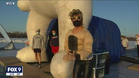 FOX 9's Ian Leonard does polar plunge for Special Olympics