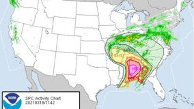 Severe storm threat moves into Southeast US, bringing possible tornadoes, damaging winds