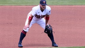 Twins put 3B Josh Donaldson on IL after tweaking hamstring in opener