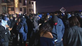 Daunte Wright shooting protests continue for 5th night in Brooklyn Center