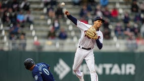 Minnesota Twins place Andrelton Simmons on COVID-19 IL