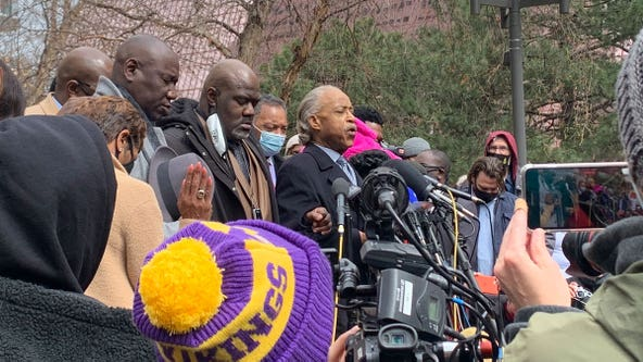 Al Sharpton, Jesse Jackson host prayer in Minneapolis before planned protests