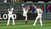 Minnesota Wild and Twins get thrilling wins, minutes and a few miles apart