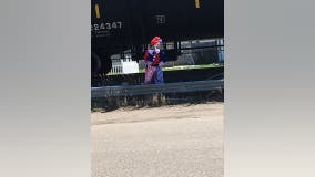 Clown sightings receive mixed reactions in Annandale, Minnesota