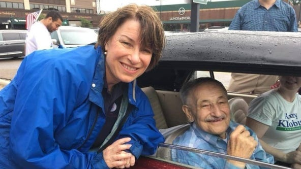 Sen. Klobuchar mourns loss of father, columnist Jim Klobuchar