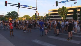 Winston Smith shooting: Marchers take to the street for 4th night in Minneapolis