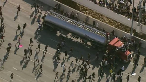 Charges to be dropped against semi truck driver who drove through protest on I-35W