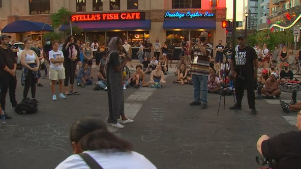 Winston Smith shooting: Rally held in Uptown for third night after law enforcement shooting