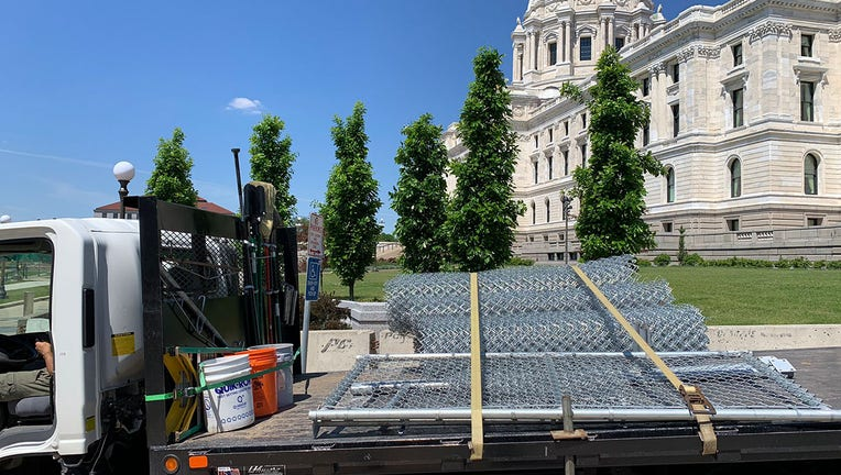 Minnesota State Capitol fence removal