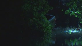 Woman hospitalized after truck goes into Mississippi River overnight