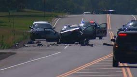 2 dead, 2 injured in car crash in Ham Lake, Minnesota