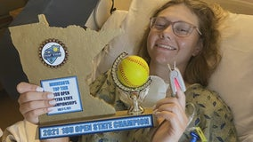 After winning championship, Minnesota softball team sends trophy to teammate battling cancer