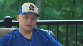 Loretto Larks rally behind player fighting bone cancer