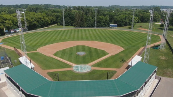 Town Ball Tour makes final stop at Bell Field in Faribault