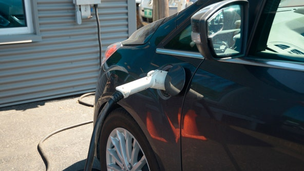 Minnesota adopts 'clean car' rules to foster electric shift