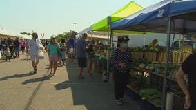 Smaller produce at Minnesota's farmers markets: A sign of the drought