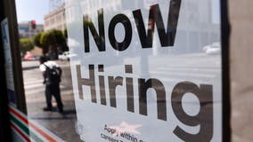 US jobless claims fall for 3rd straight week as economy strengthens