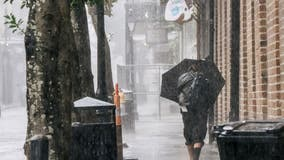 Hurricane Ida down to Category 3, New Orleans loses power