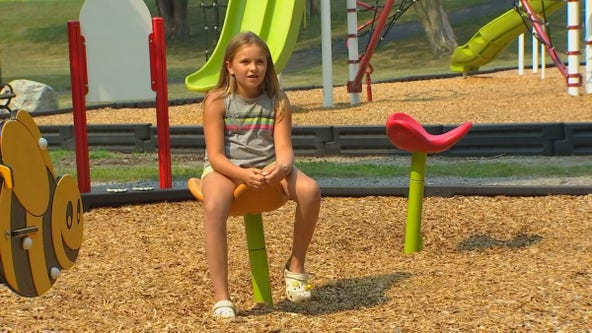 Girl, 10, gets food allergy awareness signs placed in city parks
