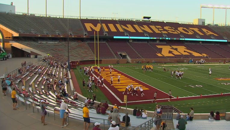 gophers family day