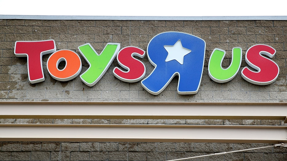 Toys R Us Files For Liquidation, Will Shutter All U.S. Stores