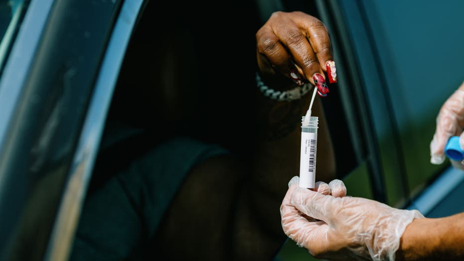 f72caa13-A Covid-19 Testing And Vaccination Site Reopens As Louisiana Cases Rise