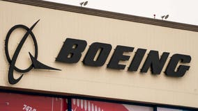 Boeing mandates COVID-19 vaccine for employees