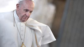 Pope Francis urges lawmakers to fight climate change