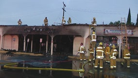 Fire damages strip mall in Compton