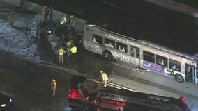 1 killed in crash involving Metro bus in Alhambra