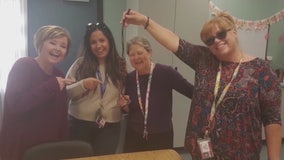 Palmdale school district meets to address noose picture