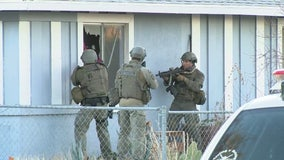 Possible domestic violence suspect barricaded in Palmdale home