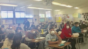 High school criticized for keeping students in smokey classroom