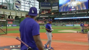 Dodgers prep for Game 3 tonight in Houston, Texas
