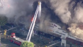 Fire damages strip mall in San Gabriel area