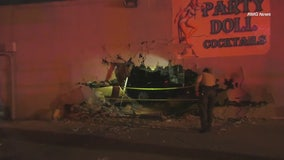 Truck slams into bar in Highland