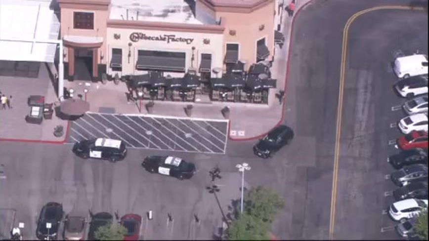 Authorities investigating reports of shots fired, possible robbery at Westfield Topanga Mall in Canoga Park