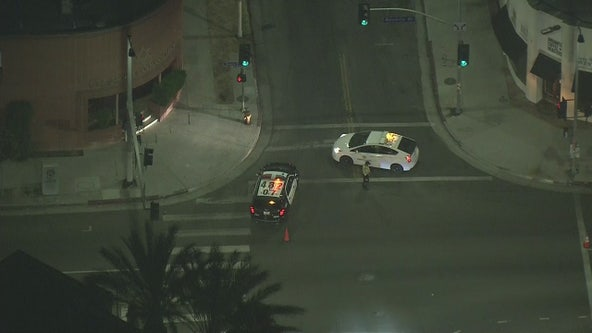 2 people shot in Fairfax area; LAPD investigating