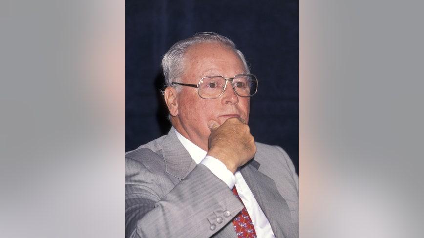 Hotel magnate, philanthropist Barron Hilton dead at 91