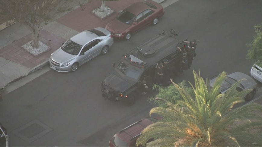 Barricaded suspect situation unfolding in Mid City