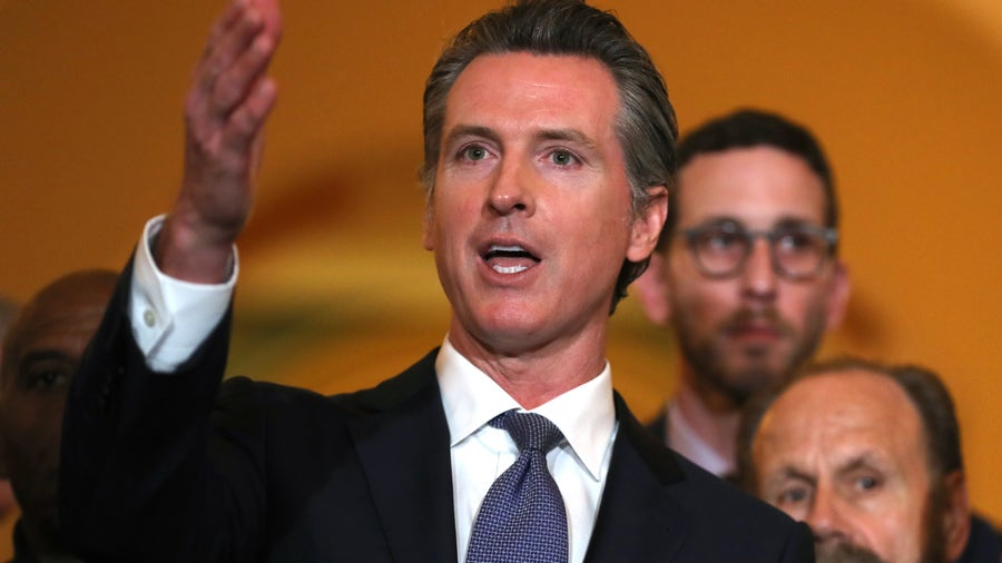 California college athlete 'fair pay' bill goes to governor