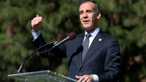 Garcetti announces plan to provide parental leave pay for city employees