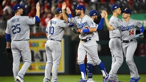 7 2-out runs in 6th lift Dodgers past Nats 10-4 for 2-1 NLDS lead