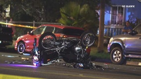 Santa Ana police motorcycle officer, sergeant in cruiser collide